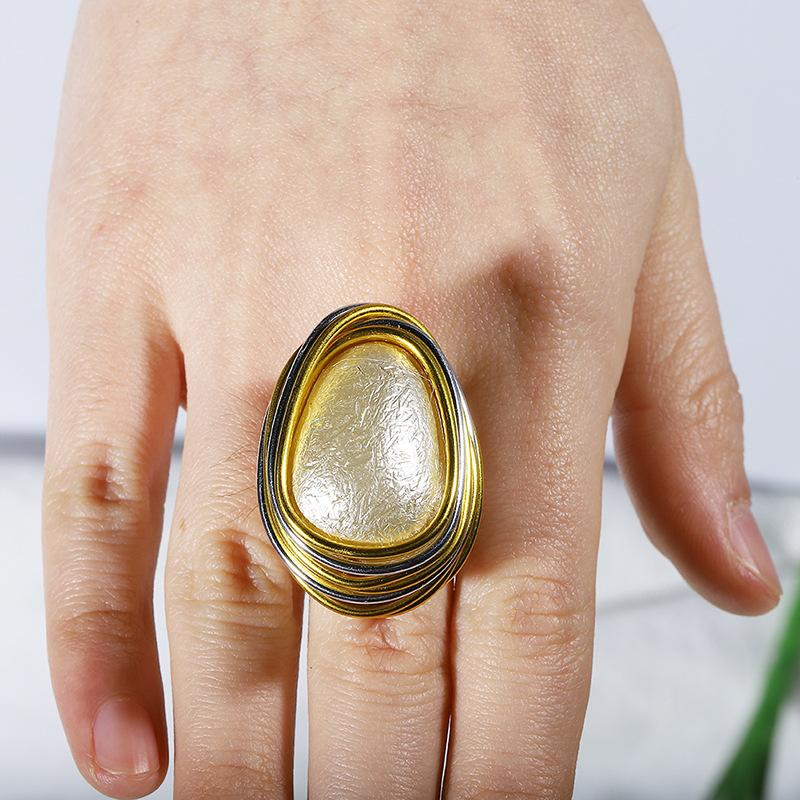 Exaggerated Spiral Large Gemstone Charm Party Finger Closed Ring
