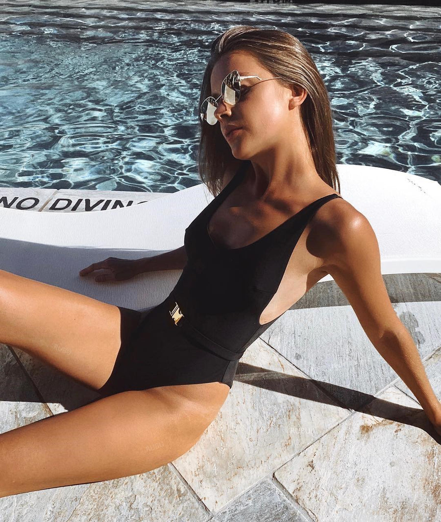 Solid Color Sexy Belt One-Piece Swimsuit