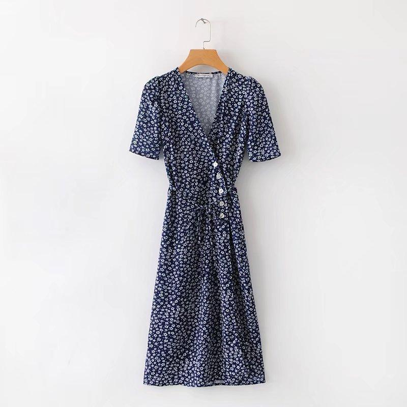 STAR PRINTING V-NECK BUTTON LONG DRESS