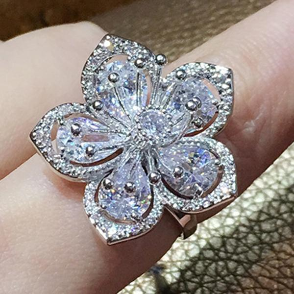 Romantic Big Blossom Crystal Cocktail Wedding Rings