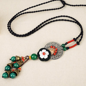 Retro Wild National Style Shell Flower Dried Bluestone Necklace