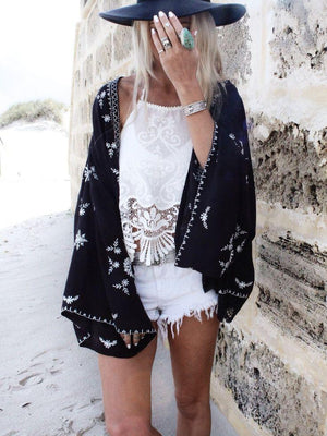Stylish Bohemian printed long-sleeved scarf