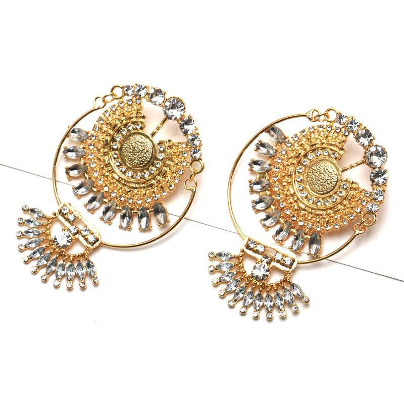 Exaggerated Fashion Vintage Alloy Diamond Earrings - Voguetide