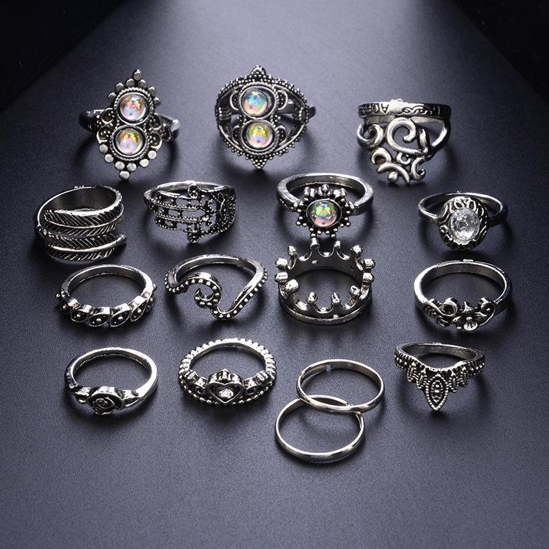 Heart-Shaped Flower Large Gemstone Crown Vintage Carved 16-Piece Set Ring - Voguetide