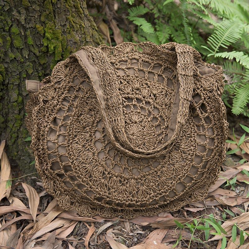 Exquisite Retro Women Hollowed Round Straw Weaving Bag