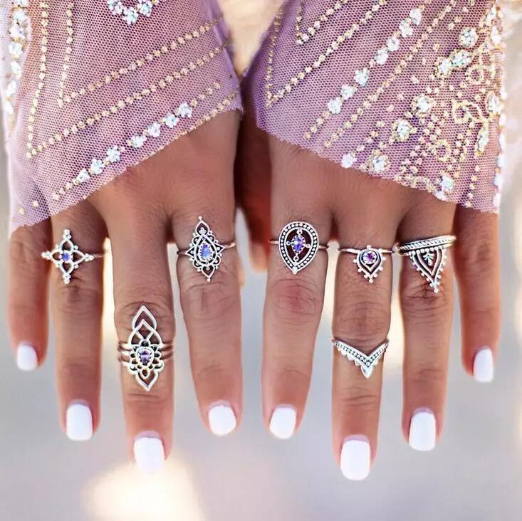 7 Pcs/Set color crystal Indian Ethnic Wind Hollow Flower Modeling Vintage Exaggerated Combination Ring for Xmas Party - Voguetide