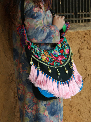 Ethnic Embroidery Tassel Flower Shoulder Big Bag - Voguetide