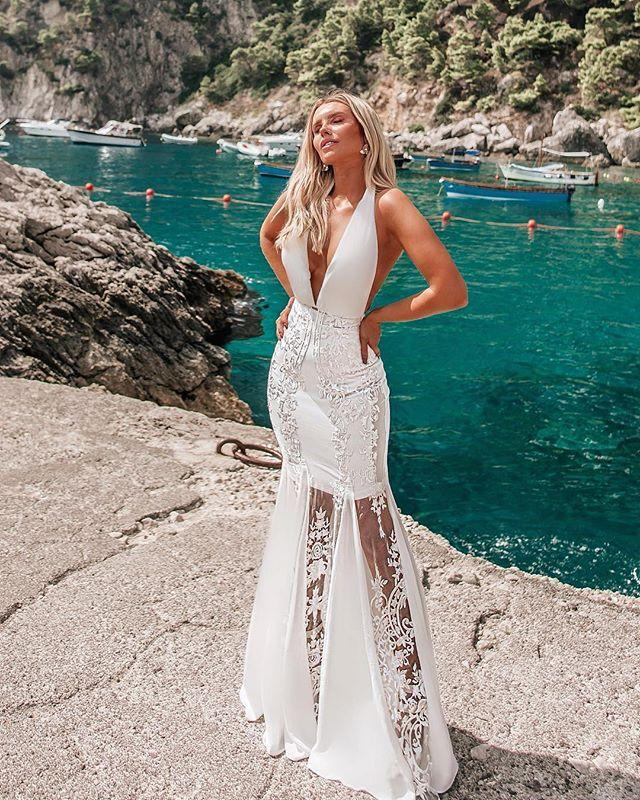 Sexy Deep V-Neck Sleeveless Halter Backless Lace Maxi Dress