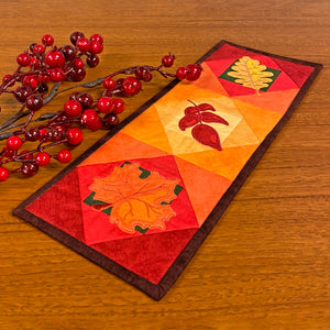 Exclusive Quick Quilting in the Hoop: Fall Leaves Mini Wall Quilt Bundle Box