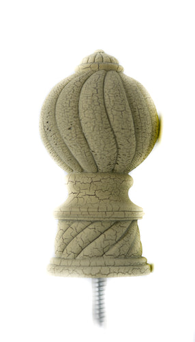 Julius Finial