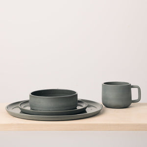L'Insolence Place Setting, 4 piece