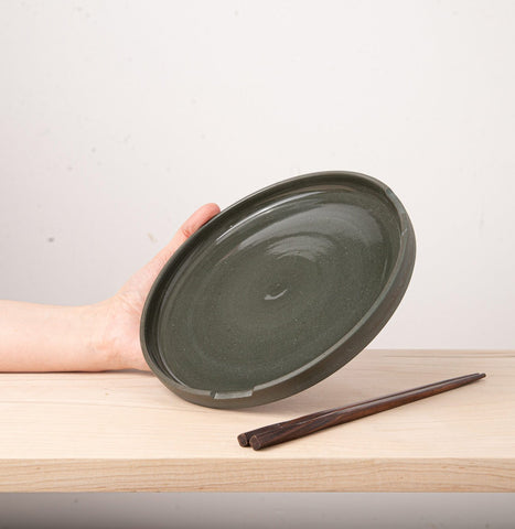 L'Insolence Plate with Chopsticks