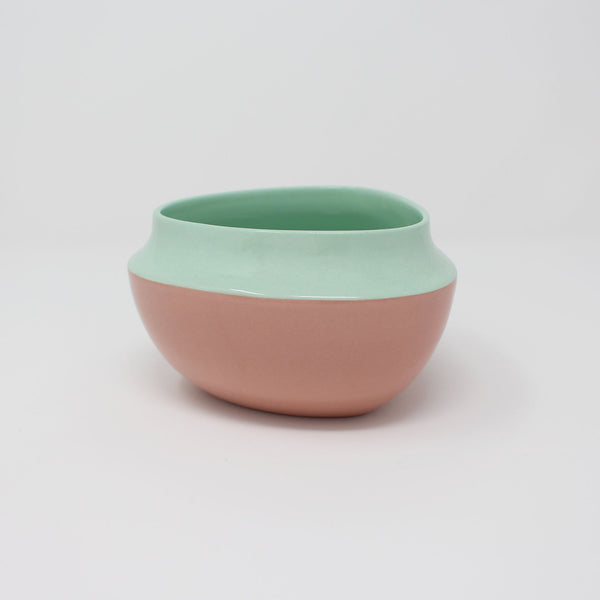 E. Lo Ceramic Top Curve Cereal Bowl Bermuda Pink
