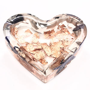 ACRYLIC HEART ASHTRY W/ GOLD LEAF