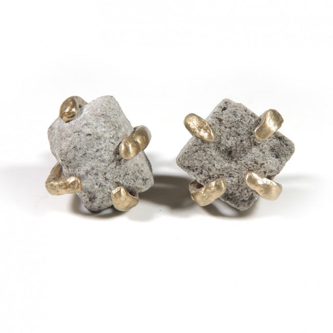 Cuff links in solid bronze with a Serena stone insert From Italy