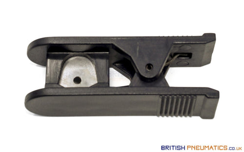Pneumtic Tubing Cutter (Black PTPNE) - British Pneumatics (Online Wholesale)