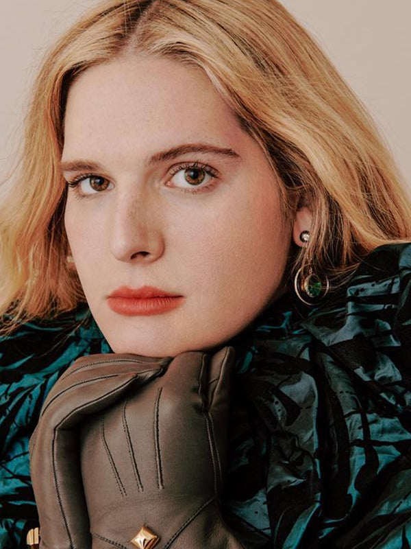 Hari Nef - Moritz Glik Earrings