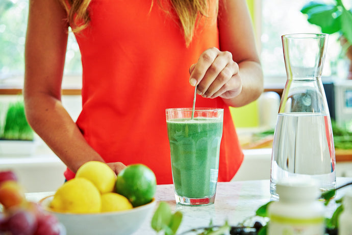 "Liquid-Only Detox Cleanses: Not as ""Juicy"" As They Sound"