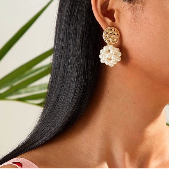 Lille Pearl Earrings