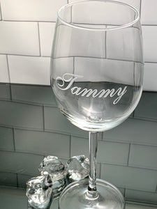 16 oz Personalized Etched Wine Glass with Name or Custom Text