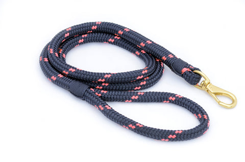 First Mate Dog Leash: Newport Navy & Coral