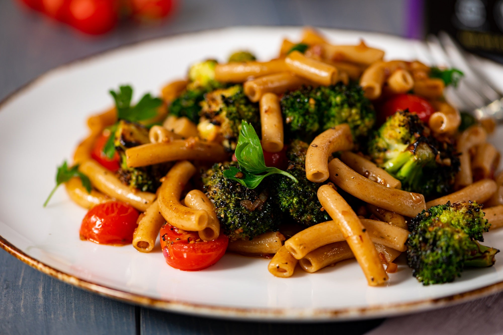 Garlic Parsley Ziti with Grilled Broccoli & Tomatoes