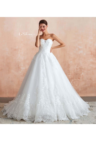 Image of Vintage Bride Dresses Sweetheart Neckline Open Back Ball Gown with Lace Tulle - 4