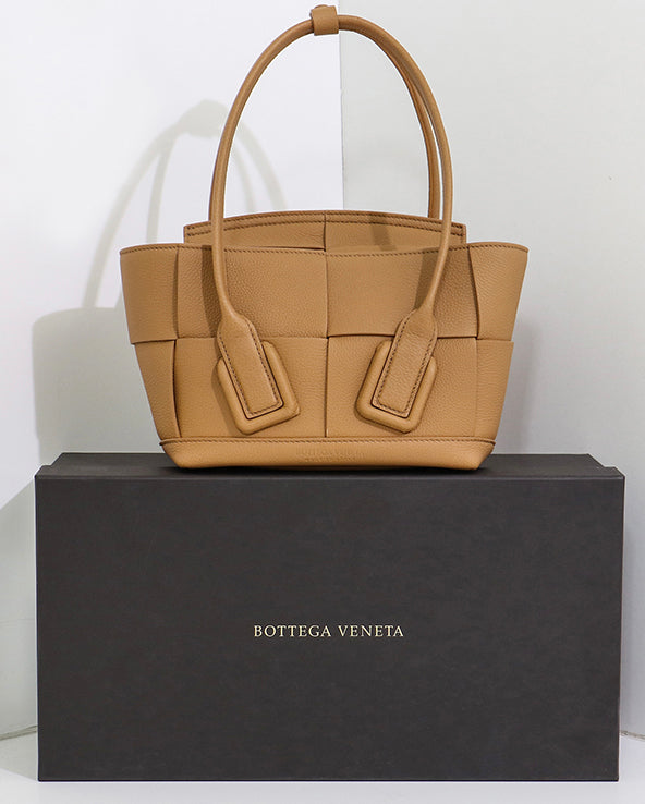 Must have Bottega Veneta