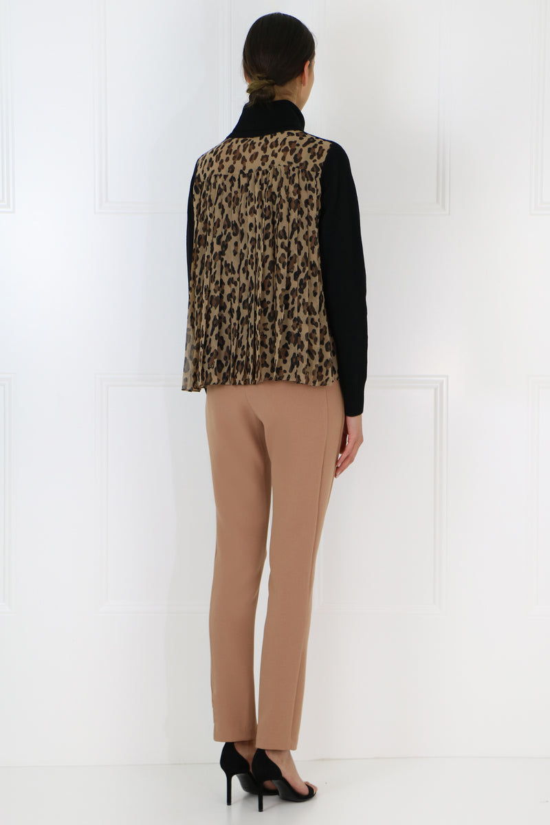 TURTLENECK KNIT LEOPARD PRINT BACK BEIGE