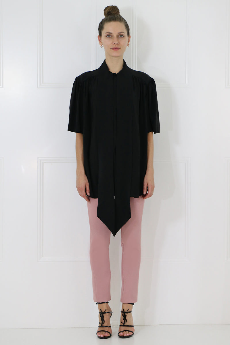 NECK TIE BLOUSE S/S BLACK