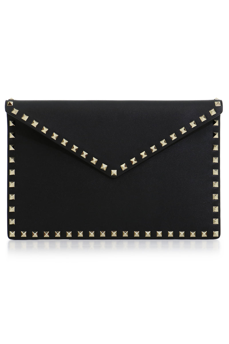 ROCKSTUD ENVELOPE POUCH SMOOTH LEATHER BLACK