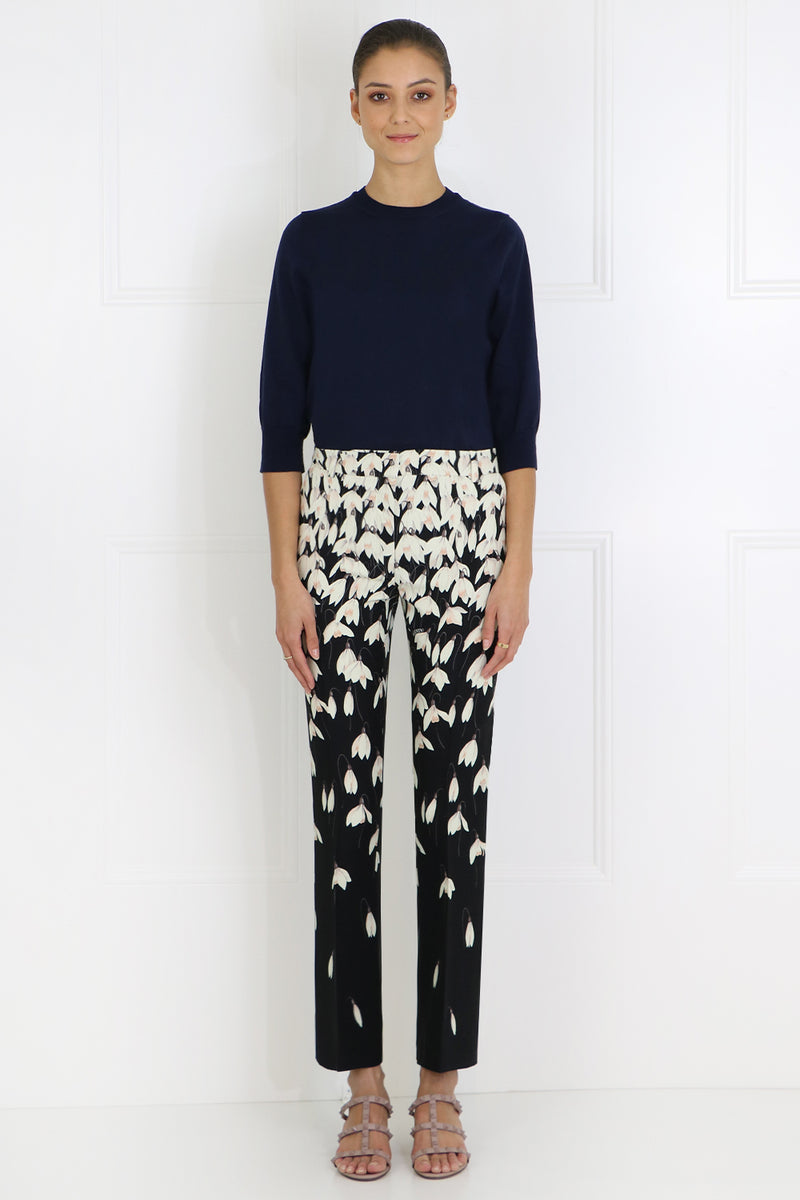 TAILORED PANT WITH FALLING FLOWER PRINT BLACK