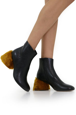 FUR HEEL ANKLE BOOT BLACK