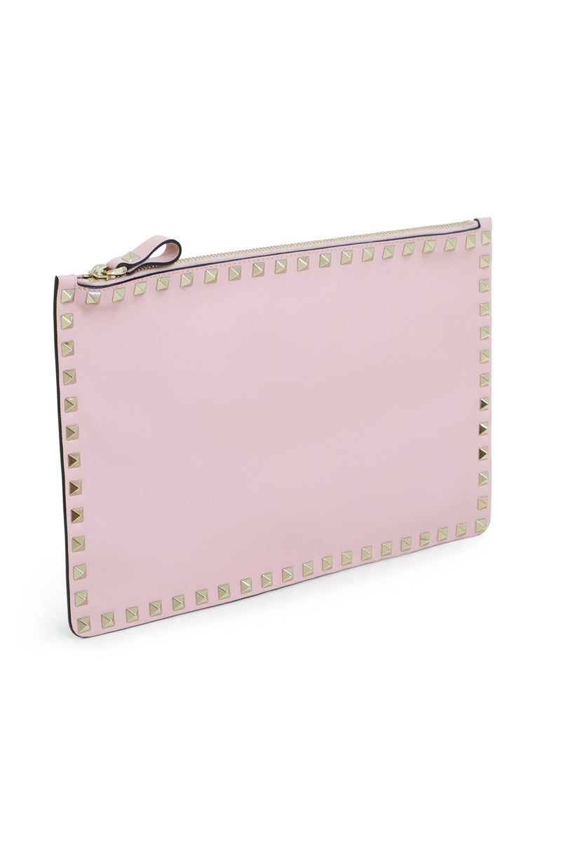 ROCKSTUD FLAT POUCH SMOOTH LEATHER WATER ROSE