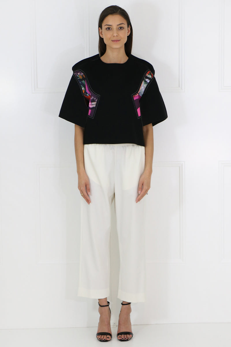 ABSTRACT PRINT CROPPED TOP S/S BLACK