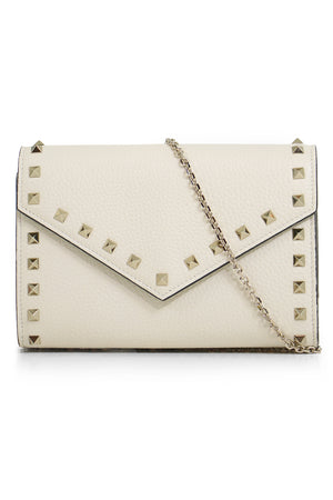 ROCKSTUD FLAP WALLET ON CHAIN LIGHT IVORY