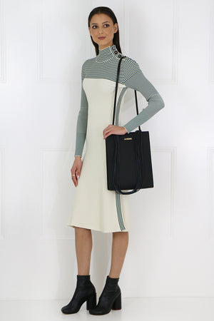 CONTRAST TURTLENECK KNIT DRESS L/S CREAM/GREEN