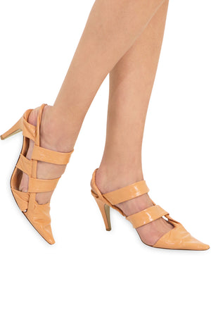 POINT TWISTED STRAP HEEL 9CM CLAY