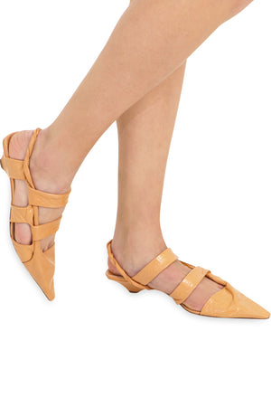POINT TWISTED STRAP HEEL 3CM CLAY
