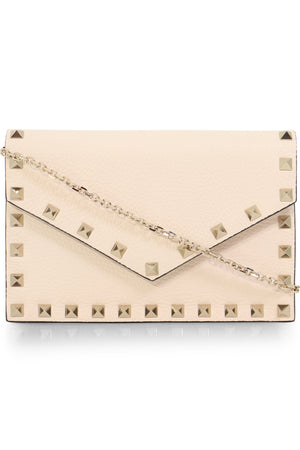 ROCKSTUD ENVELOPE CLUTCH ON CHAIN IVORY