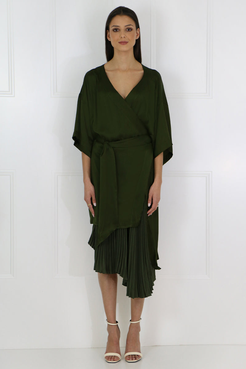IZZY PLEATED KIMONO DRESS FOREST GREEN