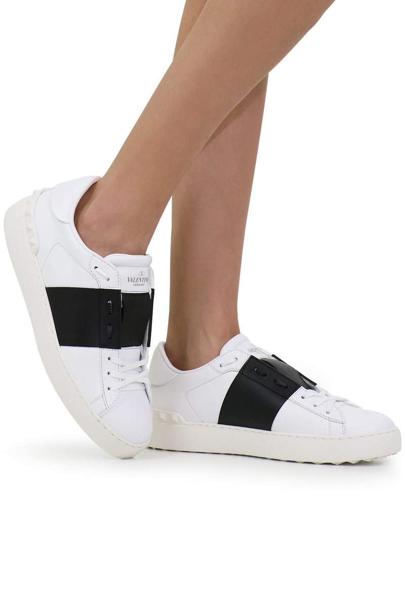 OPEN SNEAKER WITH LACES AND LEATHER STRIPE WHITE/BLACK