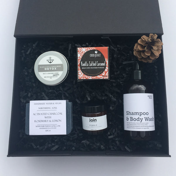The Well Groomed Gift Box