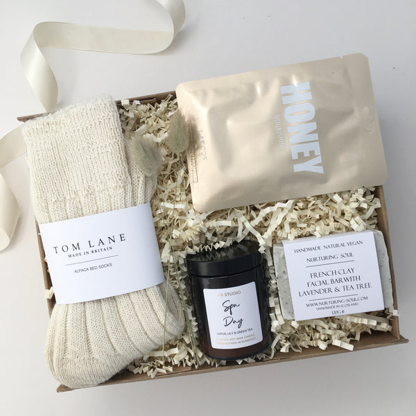 Cosy Feels Gift Box