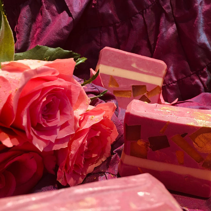 Seriously Opulent Rose infused Conditioning Shampoo Bar enriched with Argon Oil and Gold Mica