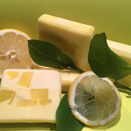 Clarifying Lemon Shampoo lightening bar for naturally oil rich hair.