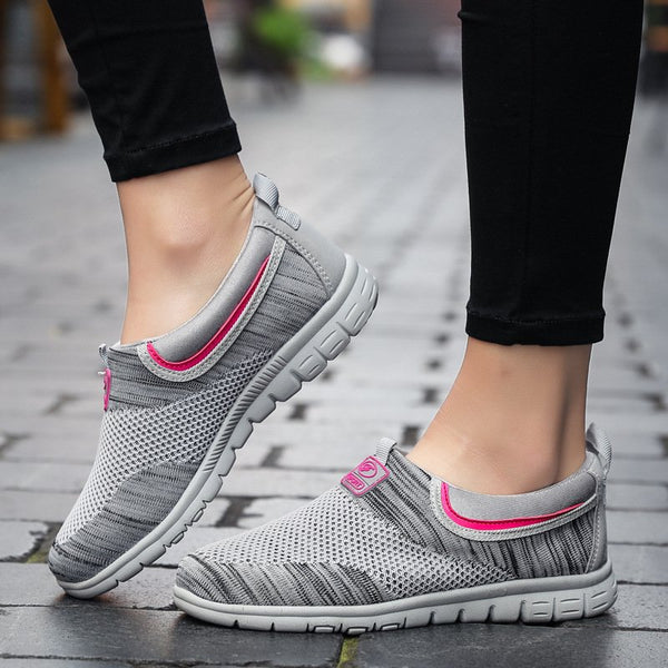 Women Casual Soft  Mesh Fabric Sneakers