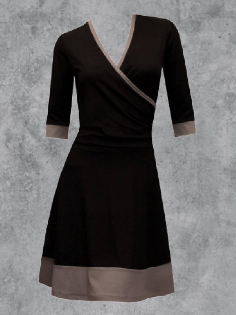 Plus Size 3/4 Sleeve V Neck Dresses