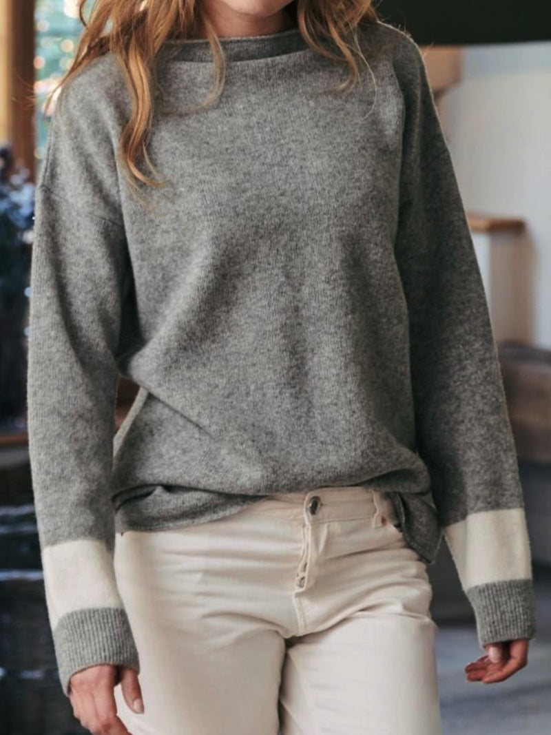 Round Neck Solid Long Sleeve Knitted Sweatshirt