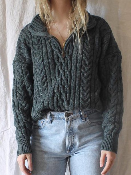 Black Knitted Casual Sweater